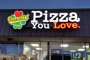 cloverleaf pizza roseville location